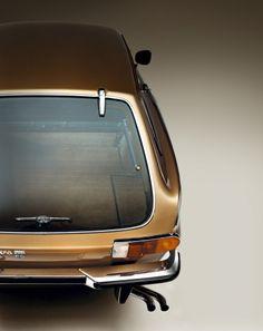 :: Volvo P1800 ES ::