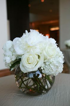 White flowers, would love to fill my house with these