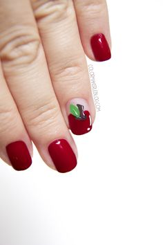 nail-art-apple.jpg 500×750 pixels