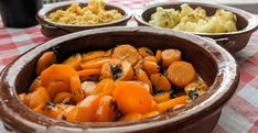 Karamellisierte Koriander-Möhren für Tapas, Antipasti oder Salate | volkermampft Tapas Buffet, Pot Roast, Ethnic Recipes, Food, Cilantro, Few Ingredients, Salads, Carne Asada, Roast Beef