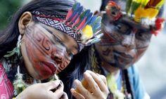 'Livro da cura' reúne conhecimento sobre plantas medicinais da tribo Huni Kuin, do Acre - Jornal O Globo