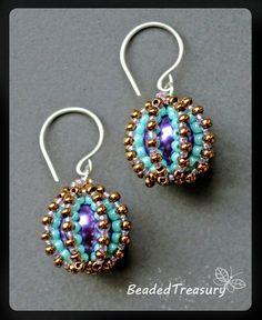 Beaded Delights beadwoven earrings tutorial / by BeadedTreasury