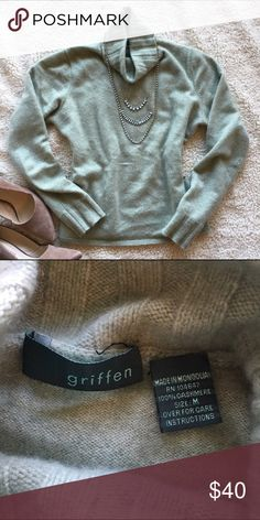 Griffen 100% Cashmere Sweater, sz M Griffen 100% cashmere sweater in mint green with a cable knit turtleneck. Very soft in good used condition from a smoke-free, pet-free home. Size: M Griffen Sweaters Cowl & Turtlenecks