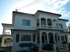 Weddings Tropical Breeze is a lovely 3 story Jamaican villa rental conveniently located in the heart of the town of Negril. Negril Jamaica, Jamaica Vacation, Vacation Home Rentals, Barbados, Villa, Mansions, House Styles, Beach, Tropical