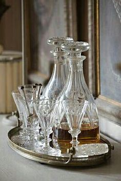 Clive Nichols photo of decanters on a vintage silver plated tray. Service A Whisky, Vintage Silver, Antique Silver, Bandeja Bar, Crystal Decanter, Silver Trays, Butler Pantry, Town And Country, French Country