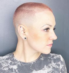 20 Buzz Cut Girls That Really Rock Short Hair : Buzz Cut Girls Who Inspire You to Cut Locks Dramatically Super Short Hair, Short Hair Cuts, Short Hair Styles, Pixie Styles, Buzz Haircut, Pixie Haircut, Fade Haircut, Girls Short Haircuts, Short Hairstyles For Women
