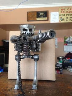 Metal art skull piston