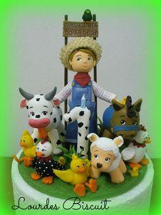 Topo de bolo para o aniversário de 1 ano do pequeno Arthur no tema Fazendinha.
