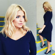 5b67dcf1351e Instagram post by Holly Willoughby • Feb 4