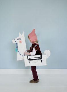 adorable!! DIY Cardboard Llama Costume | Mer Mag