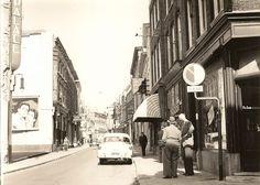 De Bakkertstraat in Arnhem in de jaren '50.