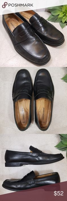 MEN'S Johnston & Murphy Comfort Penny Loafers Brand: Johnston & Murphy Size: Men's 11 M Color: Black Style: Comfort Penny Loafers Material: Leather   Very good pre-owned condition. A few light markings on the toe of the left foot. See photos for more details.  🎉 Bundle 2+ items for 15% off! 🎉 💵 REASONABLE OFFERS ACCEPTED 💵 Johnston & Murphy Shoes Loafers & Slip-Ons