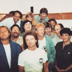 Lou Gramm and people from the radiostation