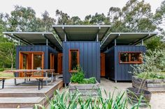 Ideas Container House Australia Architecture for 48 x Shipping Containers Turn Into Amazing Compact Home . 20ft Shipping Container, Shipping Container Home Designs, Small Shipping Containers, Shipping Container Homes Australia, Architecture Unique, Container Architecture, Sustainable Architecture, Residential Architecture, Building A Container Home