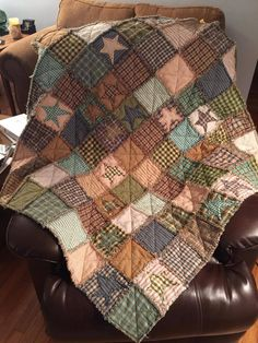 Jubilee Fabric customer, Mary D, created this gorgeous ragged homespun throw!  Thanks for sharing, Mary! http://jubileefabric.com/