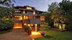 Frank Lloyd Wright's Name Used to Sell Houses He Didn't Design