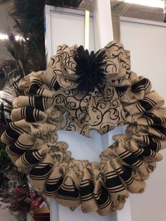 About burlap on pinterest burlap wreaths burlap flowers and burlap