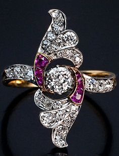 Art Deco Diamond Ruby Platinum Gold Vintage door RomanovRussiacom