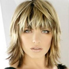 Razor Cut Bob Hairstyles With Bangs | in this hairstyle the hairs are trimmed in a jagged way which helps to ...