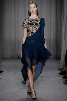 Marchesa Fall 2014 RTW - Review - Fashion Week - Runway, Fashion Shows and Collections - Vogue
