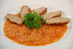 Traditional food - Paradajková kapusta so sójovo-mäsovými fašírkami (Tomato cabbage with soy-meat patties) - SO yummy!