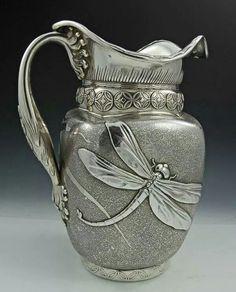 Art Nouveau silver water jug with dragonfly Décor Antique, Vintage Antiques, Antique Silver, Art Nouveau, Dragonfly Decor, Modernisme, Silver Water, Art Decor, Decoration