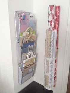 organiser et ranger le papier cadeau et ruban facilement