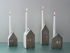 Kerzenleuchter Betonhäuser 4er-Set, Beton, Fenster goldfarben