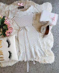 Amor AM🌹R amor! 🤗🎀💕💕 Ulzzang Style, Ulzzang Fashion, African Fashion Dresses, Wonderland, White Dress, Cosplay, Manga, Casual, Closet