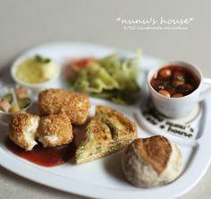 *カニコロとキッシュのcafeプレート仕上げ* - *Nunu's HouseのミニチュアBlog* 1/12サイズのミニチュアの食べ物、雑貨などの制作blogです。