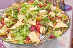 Vuodenvaihteen tarjoilut Good Food, Yummy Food, Health And Wellbeing, Food Inspiration, Cobb Salad, Salad Recipes, Potato Salad, Food And Drink, Lunch