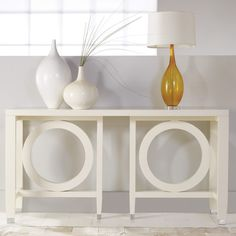 Westward Console in White Lacquer – VF Basic