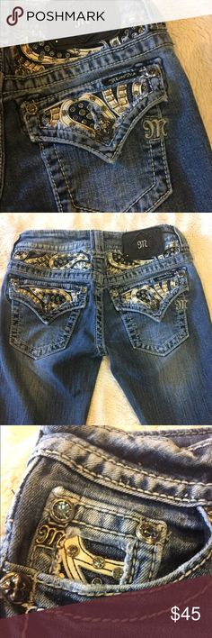 VGUC! Awesome Miss Me Capri Jeans! Size 24 👖!!! Rhinestones, Leather and Metal Bling! What's not to Love? 💕 VGUC Miss Me Capri Jeans, size 24! 👖👖👖💕💕💕 Miss Me Jeans Ankle & Cropped