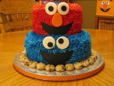 Elmo/Cookie monster cake By GracieCakesandCupcakes on CakeCentral.com