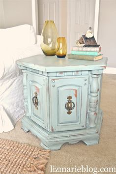 "DIY:: Painting Furniture Shabby ""Duck Duck Blue"" Tutorial. Can find these cheap at yard sales! Fix them up and they are beautiful."
