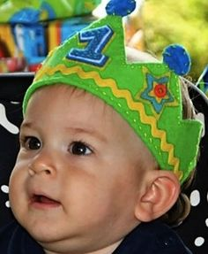 Felt Birthday Crown- made this for my son's 1st bday party. Super-easy, and everyone loved it!