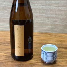 新潟亀田わたご酒店さんが厳選した日本酒が毎月届く「日本酒に詳しくなれる入門コース」✨ 今月は「磨かない米のお酒」がテーマということで、精米歩合が80%の日本酒2種類が解説付きで届きました🍶✨
