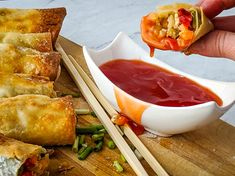 Skip takeout and make egg rolls at home! These sweet & sour chicken egg rolls with sweet & sour chicken rolled up in an egg roll wrapper. Chicken Egg Rolls, Chicken Roll Ups, Chicken Eggs, Pioneer Woman Potato Salad, Chicken Broccoli Alfredo, Egg Roll Wrappers, Sweet Sour Chicken, Air Fryer Recipes Easy, Appetizer Dips