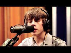 Jake Bugg performing Broken Live