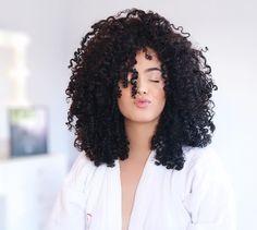 """12.5 mil curtidas, 184 comentários - J E S S I C A A N D R A D E (@jessicaandradeoficial) no Instagram: """"Saiu vídeo novooo Mostrei como eu seco ou dou volume ao meu cabelo! O link tá aqui na bio!…"""""""