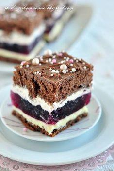 Polish Desserts, Polish Recipes, Cookie Desserts, Sweet Recipes, Cake Recipes, Dessert Recipes, Mini Cakes, Cupcake Cakes, Czech Recipes