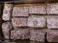 Christmas coconut slices (Austria) - Recipe Christmas coconut slices (Austria) by – Recipe in the category baking sweet - White Chocolate Chip Cookies, Chocolate Chip Oatmeal, Love Chocolate, Coconut Slice, Ginger Molasses Cookies, Macaroon Recipes, No Bake Cake, Sweet Recipes, Cookie Recipes