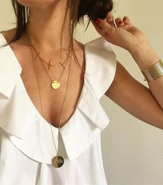 """L a u r a //  on Instagram: """"[ V o l a n t ] Bon dimanche  #zoom #jewelry #details #volant #white #wiwt #ootd #outfit #whitetop #happysunday #jourdevote #toulouse"""""""