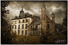 Hoogmeyer Castle by nahojsennah.deviantart.com on @deviantART