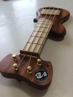 20 scale travel bass bass guitar music brandon bass music guitar. Black Bedroom Furniture Sets. Home Design Ideas