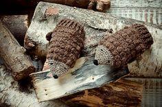 Ravelry: Hedgehog Mittens pattern by Kat Goldin