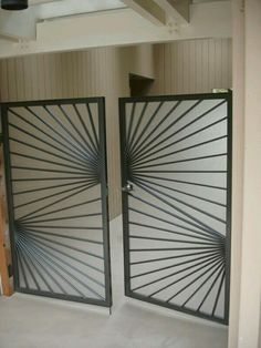 Steel Gate - See it here! Home Gate Design, Steel Gate Design, Front Gate Design, Metal Gates, Wrought Iron Gates, Grill Gate, Tor Design, Window Grill Design, Gate House