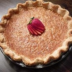 Sugar Cream Pie V Delicious vanilla pudding is made from scratch on the stove top, then layered in a deep dish pie shell with banana slices. The pie is then covered with meringue and toasted in the oven. Sugar Cream Pie Recipe, Cream Pie Recipes, Pie Dessert, Dessert Recipes, Brown Sugar Pie, Boston Cream Pie, Pudding, Banana Cream, Sweet Desserts