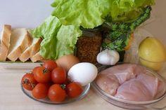 Vynikajúce domáce šaláty, ktoré osviežia, zasýtia a chutia vynikajúco. Čo by ste povedali napríklad na vynikajúcu domácu verziu šalátu Cézar, svieži jarný šalátik alebo fantastický šalát z krabích tyčiniek? Inšpirujte sa ľahkými a chutnými jedlami plnými farieb a chutí. Eggs, Breakfast, Food, Morning Coffee, Essen, Egg, Meals, Yemek, Egg As Food