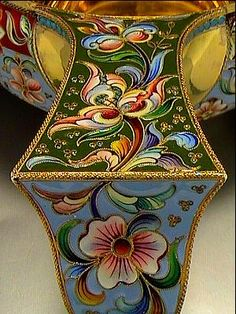 http://www.romanovrussia.com/Russian_Kovsh_Antique_Silver_Enamel_for_sale.html